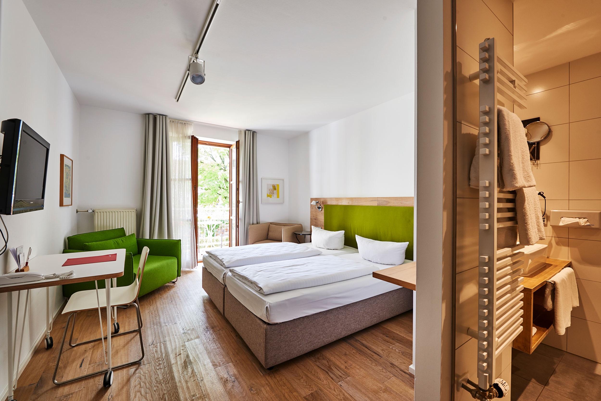 Doppelzimmer mit Balkon im Fuchsbräu
